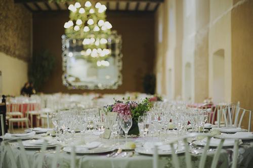 `montaje mesas laurel catering