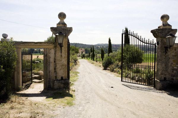 ¿Qué criterios debes tener en cuenta para elegir una finca en Madrid donde casarte?
