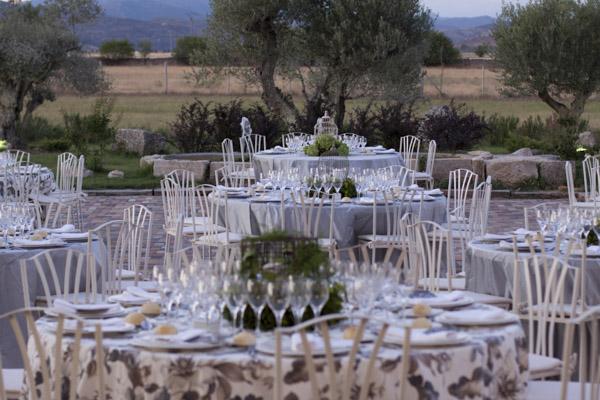 ¿Vas celebrar tu boda en tu propia casa? Elige un catering a la altura de la celebración.